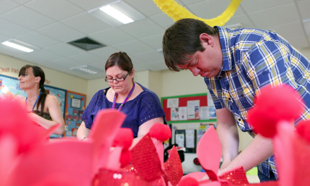 Families get Creative for SIRF15 Community Carnival