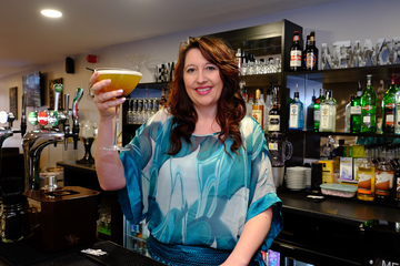 Manhattans to offer mixology experience