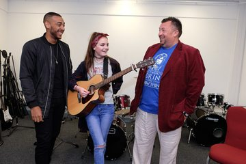 X Factor star advises Redcar youngsters on music career