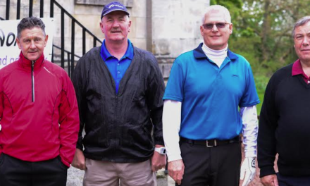 Bus Firm Helps To Raise £3,000 At Charity Golf Day