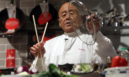 Wok star Ken Hom cooks up a treat for fans at Barkers Home