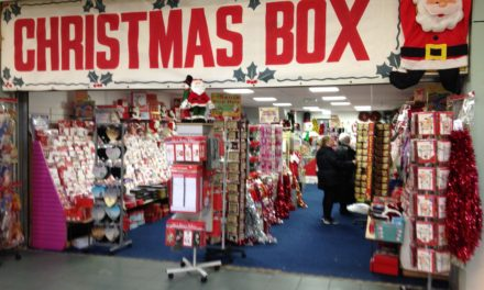 Popular Christmas Pop-up Opens in the Dundas Shopping Centre