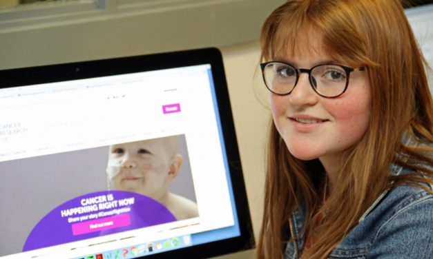 Cancer conscious student donates prizemoney for research
