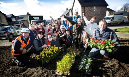 Consett pupils plant spring bulbs for residents at The Woodlands