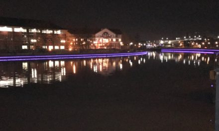 Stockton Lights up in Support of Pension Campaign