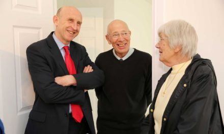 Shadow housing minister meets happy Hamsteels resident