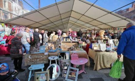 Vintage Market Pleases the Crowds in Stockton