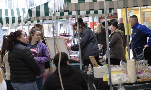 Food and Craft Market – Dundas Shopping Centre