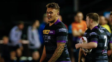 Rennie re-signs for third year at Thunder