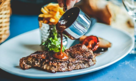 Hotel restaurant extends opening hours with new lunchtime menu