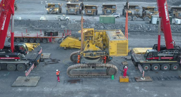 Banks Mining makes Further Investment in Komatsu Plant at Shotton Surface Mine