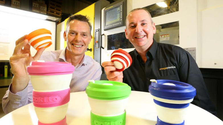 Collapsible travel cup creator gives latte levy the thumbs-up