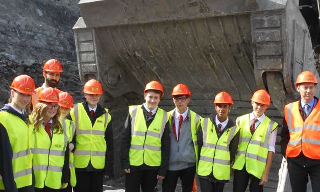 Northumberland Church Of England Academy Students Digging Out Carrers Information At Shotton Surface Mine