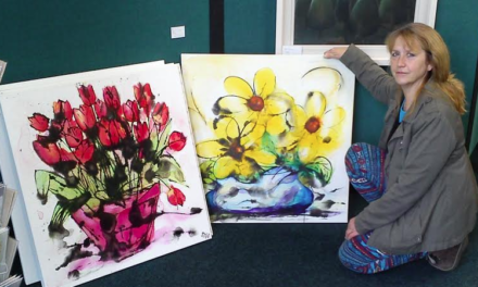 Local 'Heartland Artist' turns lifelong Love of Art into Colourful Career