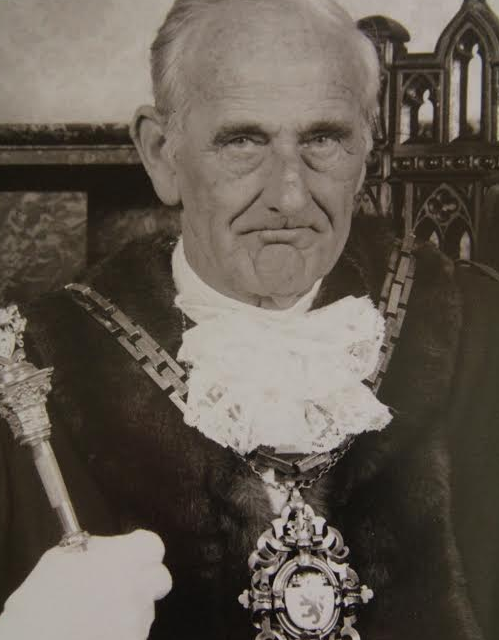 Tributes Paid to Former Civic Mayor of Middlesbrough