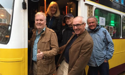 TyneIdols takes fans to see gold rush group