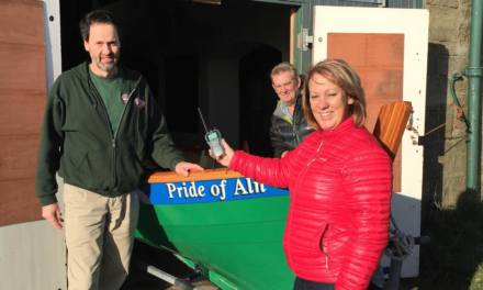 High-flying former RAF hoteliers support Northumberland community rowers