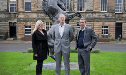 Insurance company pledges continued support at Newcastle Racecourse