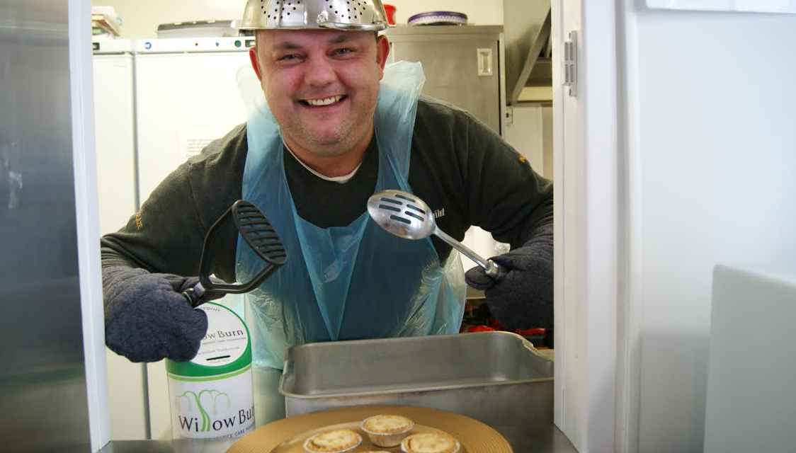 Birtley businessman rolls up his sleeves to help hospice
