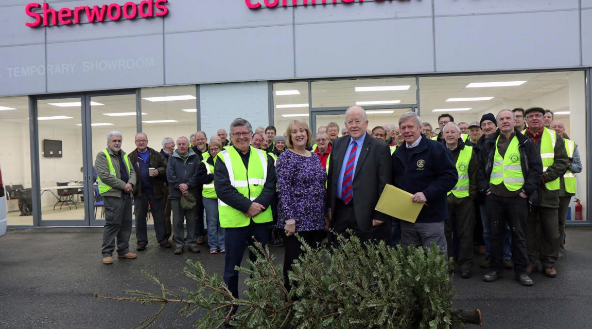 Tree Collection boosts Hospice Coffers