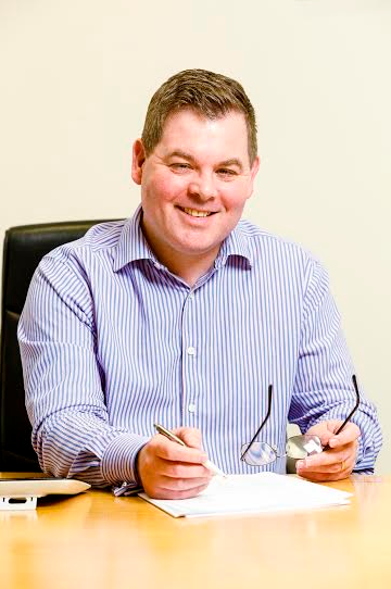 Teesside HR experts cut deal with leading UK glass business