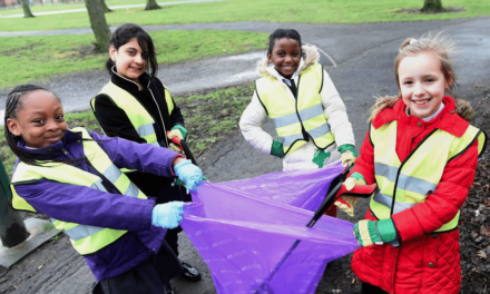 Street Champs and Students give Town a Spring Clean