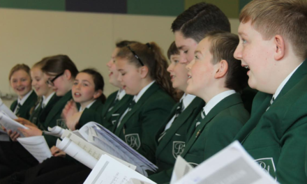 Students rehearse abbey performance with professionals