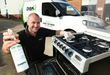 Ashington man launches oven valeting business launches in Kirkcaldy