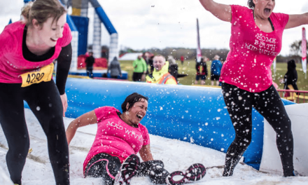 Thrillseekers won't let a lack of sight stop them going Gung-Ho! on the world's biggest inflatable obstacle course!