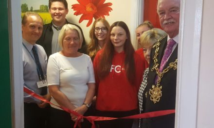 Mayor opens new sensory suite at Mandale House Care Home