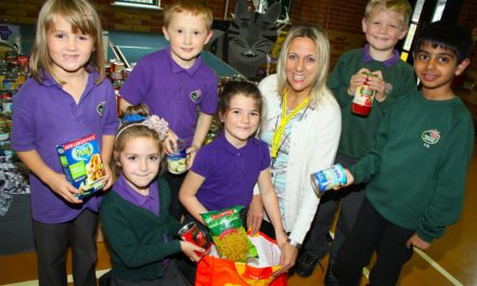 Generous children help feed the homeless