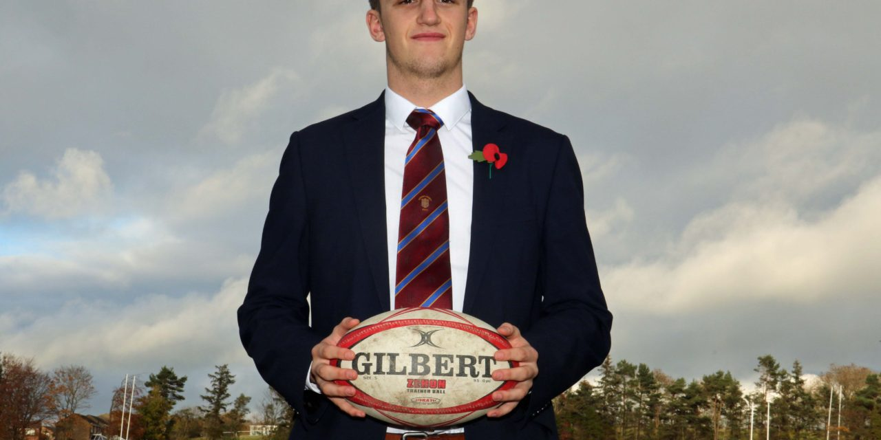 Schoolboy rugby player called up by England