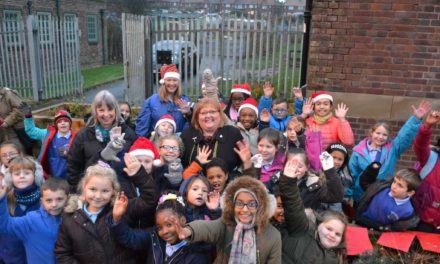 Lord Mayor of Newcastle switches on Fenham Pocket Park Christmas Lights