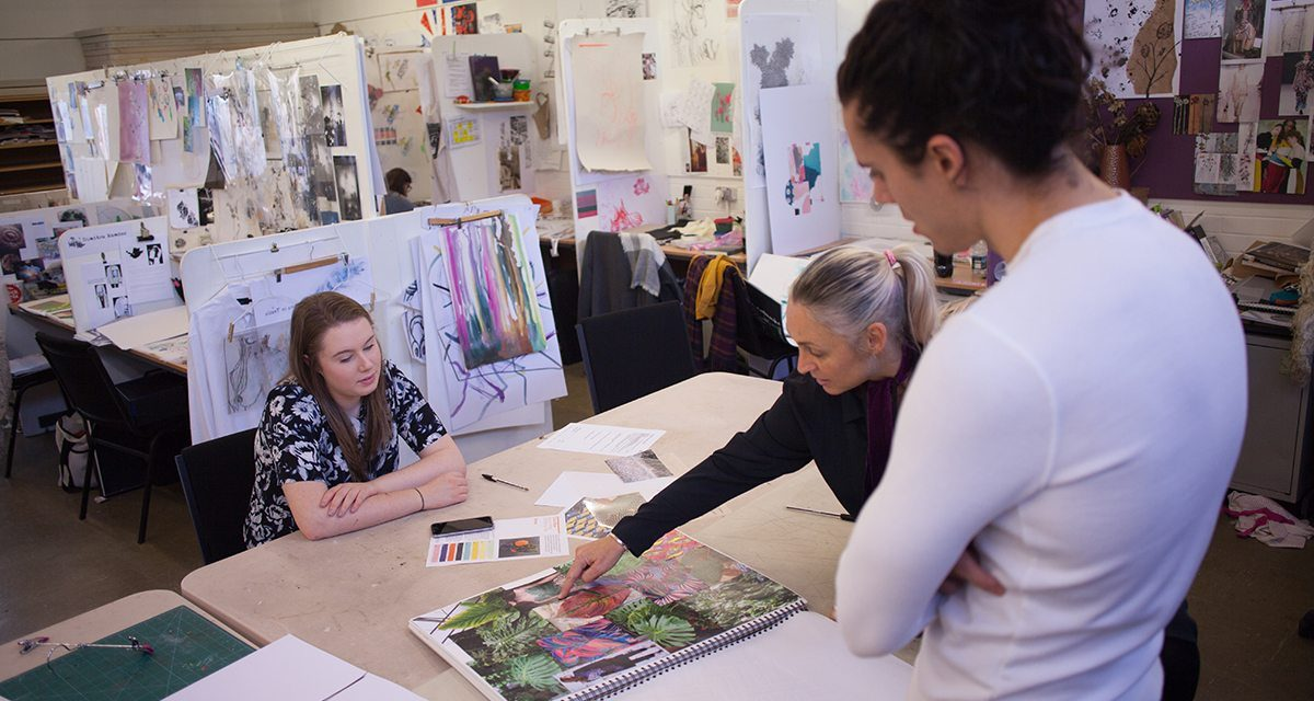 Leading fashion designer brings his passion for fashion to Northern arts school