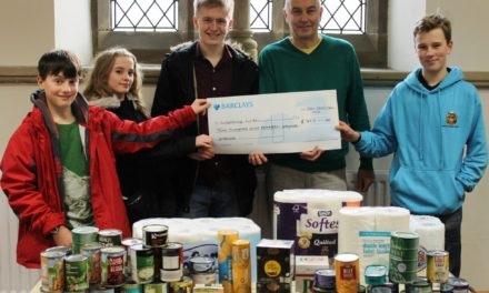 Youth councillors donate provisions to refugees