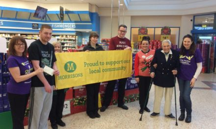 Running Legend Jarra Jim Spreads Christmas Cheer by Donating to Disability Charity