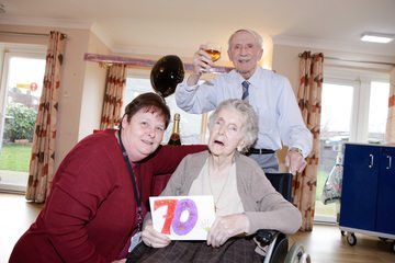 Gateshead couple celebrate platinum wedding anniversary!