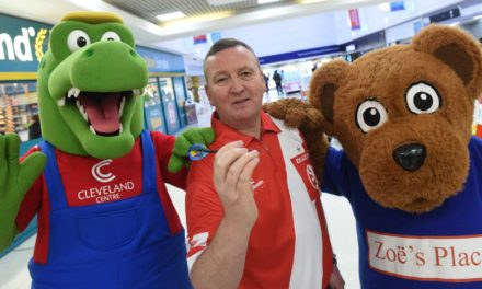 Cleveland Centre Shoppers Challenged to Take on World Champ