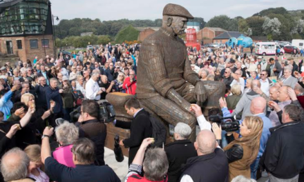 Memorial to lost fishermen unveiled