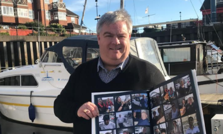 Photographic guest book helps develop business