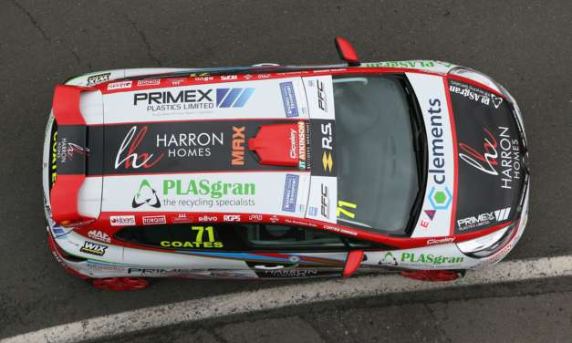 Coates sets new lap record at Brands Hatch finale on the way to 4th in UK Clio Cup