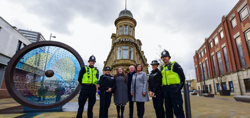 Sunderland shoppers given the gift of safety