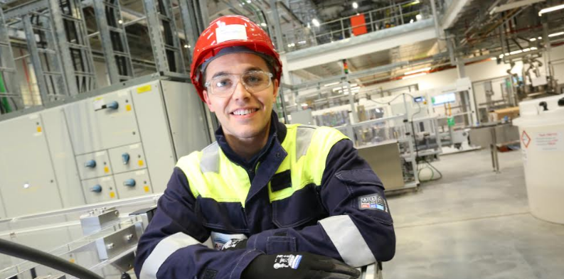 Continuous investment creates new opportunities for young people at AkzoNobel