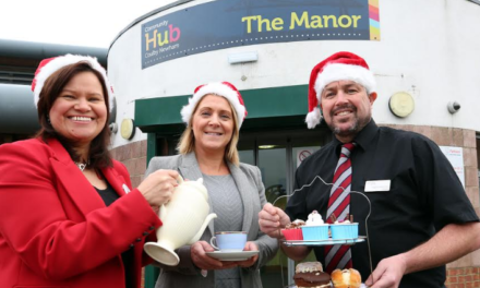 Community Spirit of Christmas Comes to the Parkway