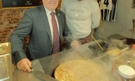 Crêpes take first place – Winner of Newcastle's Small Business Saturday 2017 announced