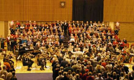 Hospice reaps the benefits of Christmas Cracker concert