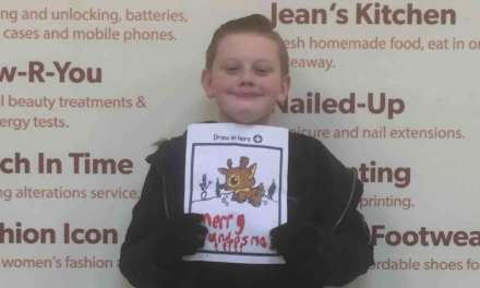 REINDEER PICTURE WINS DUNDAS SHOPPING CENTRE'S CHRISTMAS CARD COMPETITION
