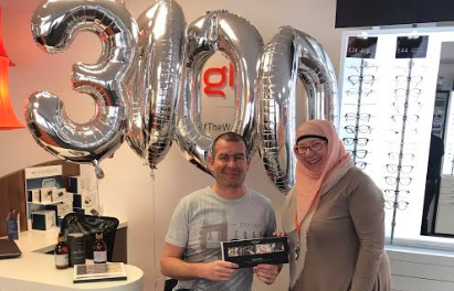 Independent Redcar Opticians celebrates 3000th happy customer