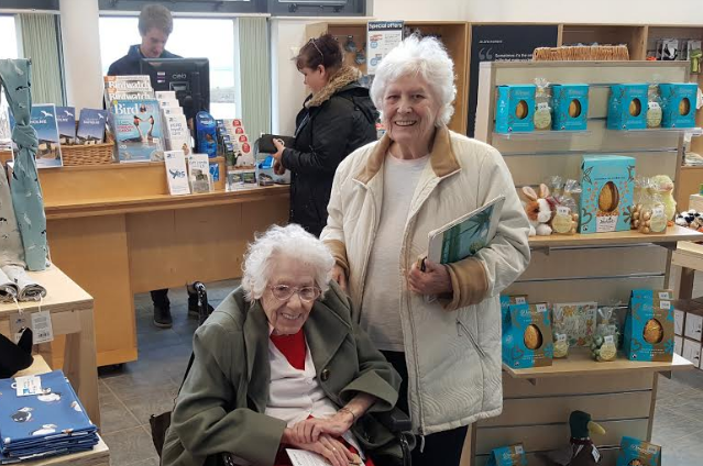Birding care home residents visit RSPB nature reserve