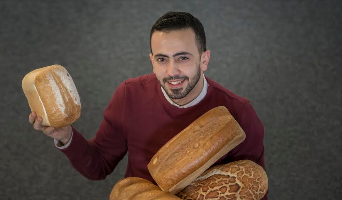 Student's business is best thing since sliced bread